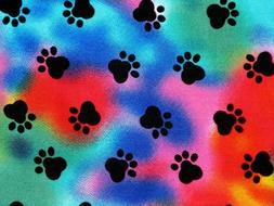 FAT QUARTER  TIE DYE PAW PRINTS DOG PUPPY PAWS COLORFUL NOVE