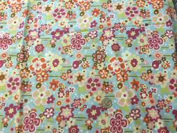 PALE BLUE MODERN DAISIES HOBBY LOBBY FLORAL COTTON FABRIC 43